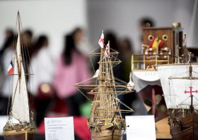Primer plano de buques de madera (AMONAGA)