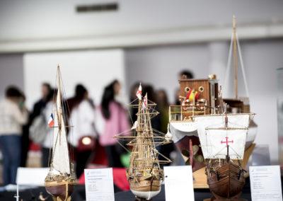 Maquetas construidas a mano por los miembros de la asociación de modelistas navales más grande de Galicia